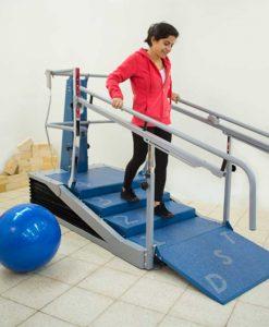Динамический тренажер лестница-брусья DST 8000