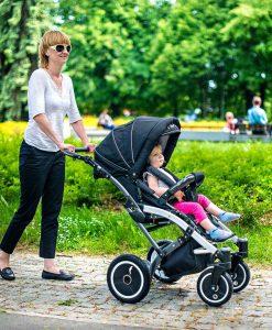 Спеціальний візок (крісло-коляска інвалідна) HIPPO + на прогулянці