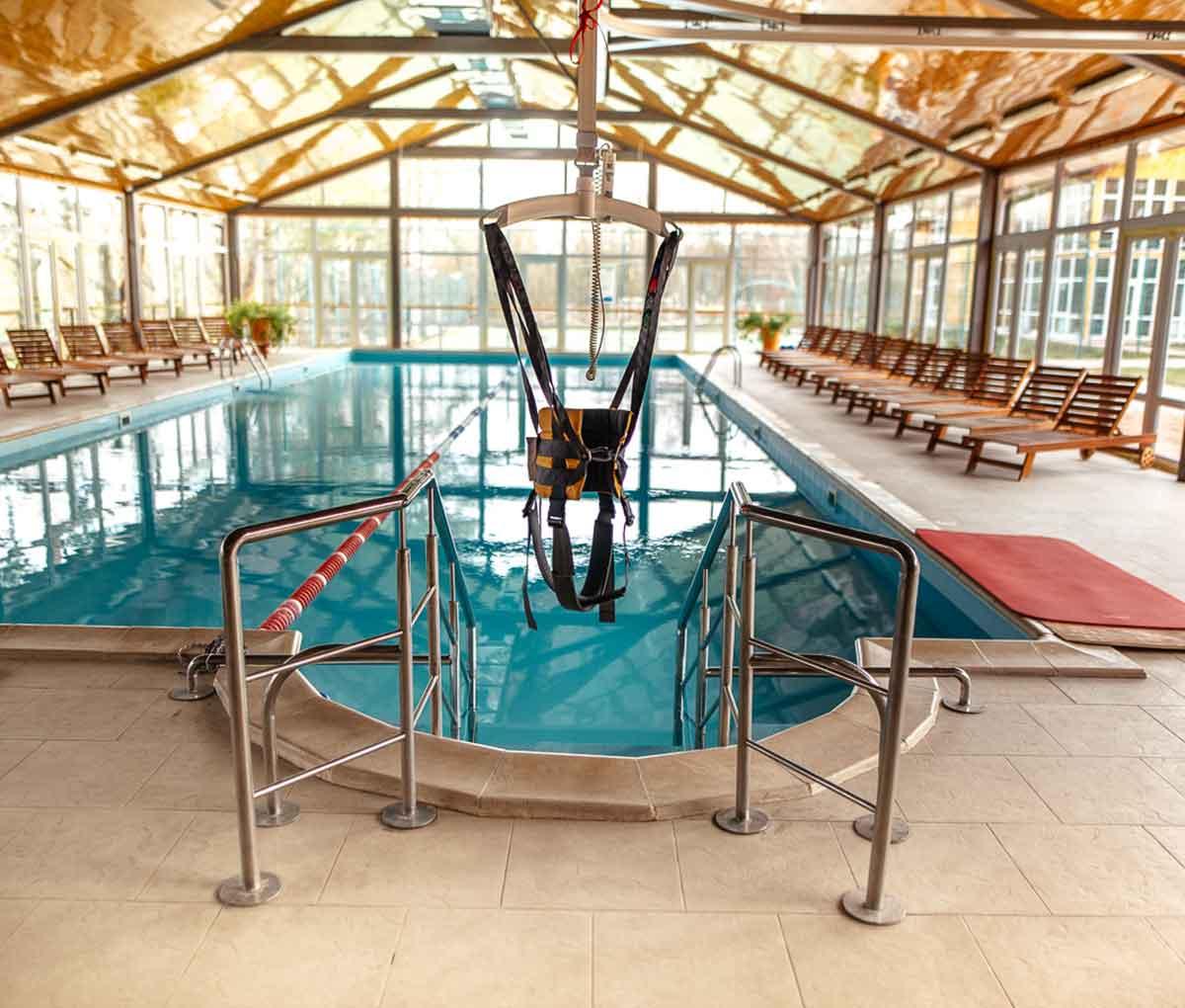 Підйомник для басейну GH1 без пацієнта